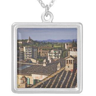 L'Italie, Toscane, Sienne. Vue de dessus de toit Collier