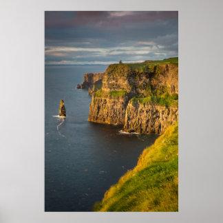 Littoral de l'Irlande au coucher du soleil Poster