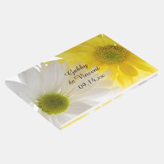Livre D'or Épouser de marguerites jaunes et blanches
