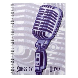 Livre lyrique personnalisé par microphone vintage