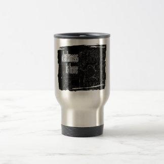 L'obscurité est ici mug de voyage en acier inoxydable