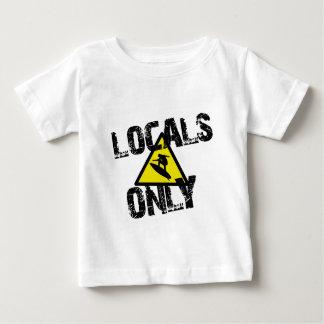 Locals only surfer danger sign surf t-shirt pour bébé
