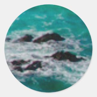 l'océan bascule le rivage sticker rond