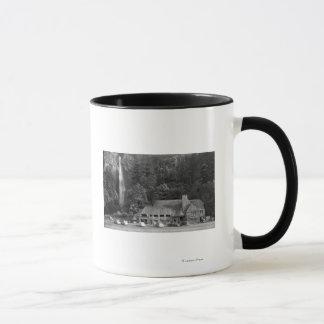 Loge de Multnomah et photographie d'automnes Mug