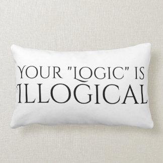 Logique illogique coussin