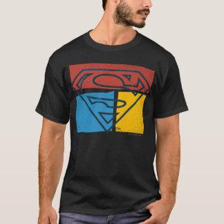 Logo jaune bleu rouge de bloc du S-Bouclier   de T-shirt