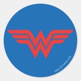 Logo rouge de femme de merveille sticker rond