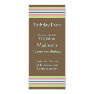 Longue invitation de fête d'anniversaire de