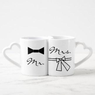 Lot De Mugs M. et Mme cravate d'arc et arc, avec le dos de
