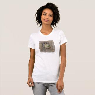 Lotus dans le T-shirt de coeur