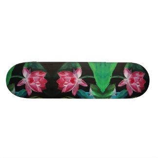 Lotus peignant la planche à roulettes skateboards personnalisables