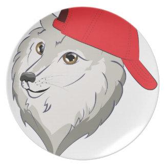 Loup dans la casquette de baseball assiette