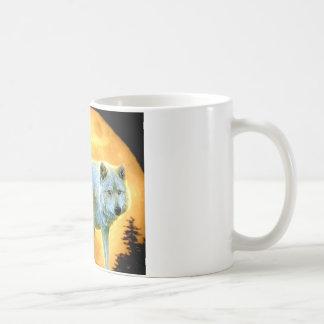 loup de pleine lune de clair de lune de forêt de mug
