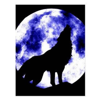 Loup d'hurlement à la lune carte postale