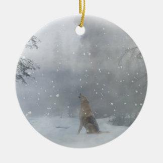Loup en ornement de Noël de neige