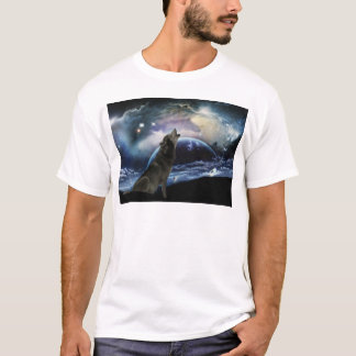 Loup hurlant à la lune t-shirts