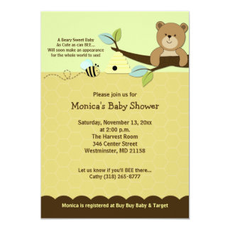 L'ours de miel et gaffent l'invitation de baby