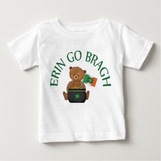 L'ours de nounours Erin vont Bragh T-shirt Pour Bébé