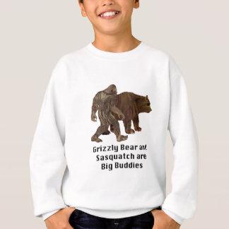 L'ours gris et le Sasquatch sont grand T-shirt