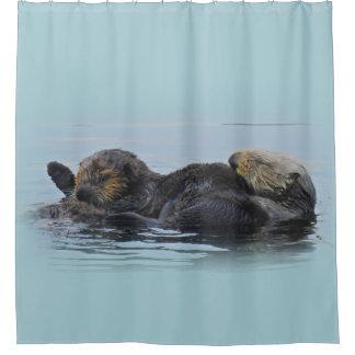Loutre de maman mer et son bébé, rideau en douche