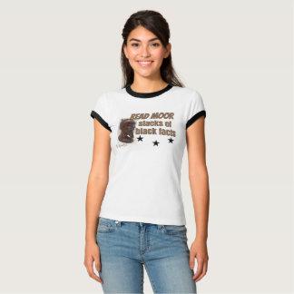 Lu amarrez la pièce en t FEMELLE de sport de piles T-shirt
