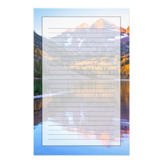Lueur marron de Bells Alpen Motifs Pour Papier À Lettre