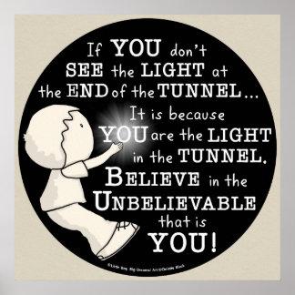 Lumière dans le tunnel posters