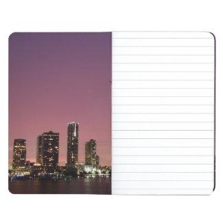 Lumière de coucher du soleil au-dessus de Miami Carnet De Poche