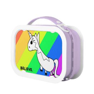 Lunch Box Croyez à la gamelle d'arc-en-ciel de licornes