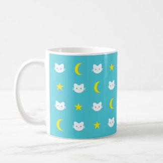 Lune de chat de Kitty et tasse d'étoiles