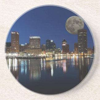 Lune du centre d'horizon de crépuscule de dessous de verre en grès