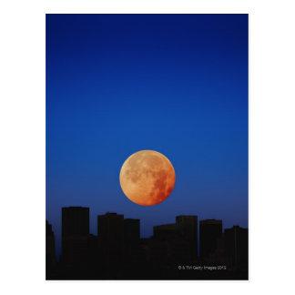 Lune orange carte postale