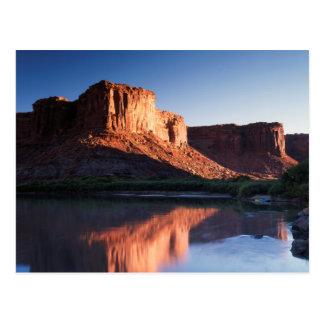L'Utah, MESA d'A se reflétant dans le fleuve Carte Postale