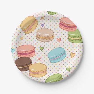 Macaron, couleur multi, point de polka, coeurs, assiettes en papier