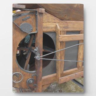 Machine manuelle utilisée pour écosser le maïs impressions sur plaque
