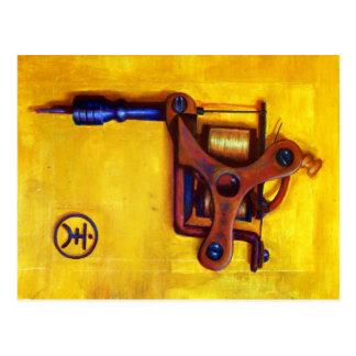 Machine vintage de tatouage (jaune) carte postale