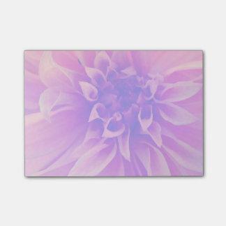 Macro fleur rose post-it®