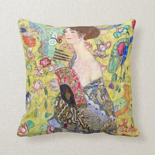 Madame avec la fan par Gustav Klimt, Japonism Oreiller