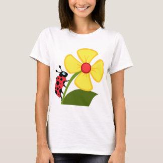 Madame Bug sur la fleur jaune T-shirt