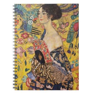 Madame de Klimt avec des beaux-arts de fan Carnet