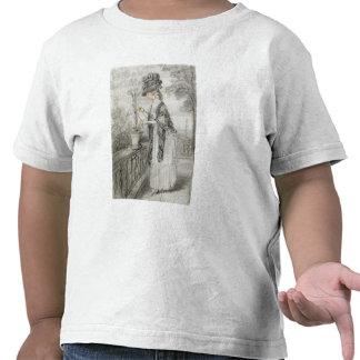 Madame sur une terrasse tendant une usine t-shirts