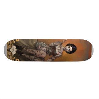 Madame tatouée stupéfiante plateaux de skateboards customisés