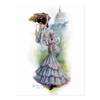 Madame victorienne dans la robe de lavande carte postale