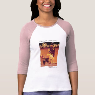 Madame Violetta et la chemise de valet T-shirt