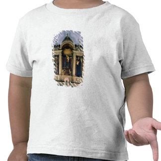Madonna et enfant et saints (retable de triptyque) t-shirts