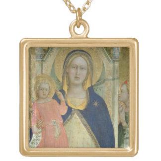 Madonna et l'enfant couronnés avec des saints, dét collier personnalisé
