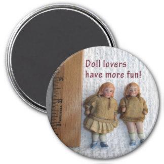 Magnet antique jumeau de poupée d'amants de