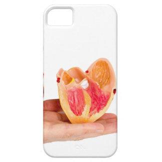 Main avec le modèle humain de coeur sur coque barely there iPhone 5