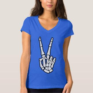 Main de squelette de signe de paix t-shirt