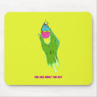 Main de zombi - êtes vous ce que vous mangez tapis de souris